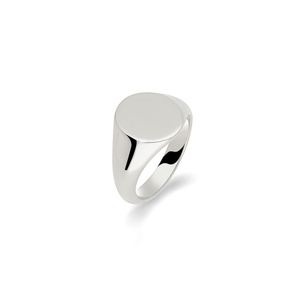 9 carat white gold 12 x 10 oval signet ring