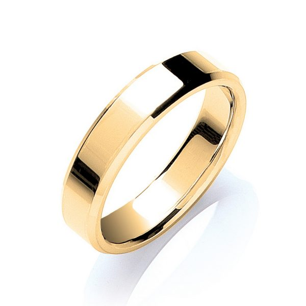 5mm Bevelled Edge Flat Court Wedding Ring