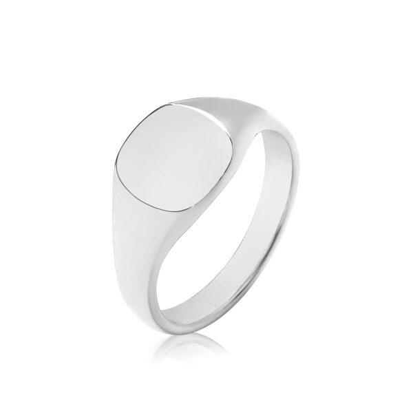 sterling silver signet ring 9 x 8