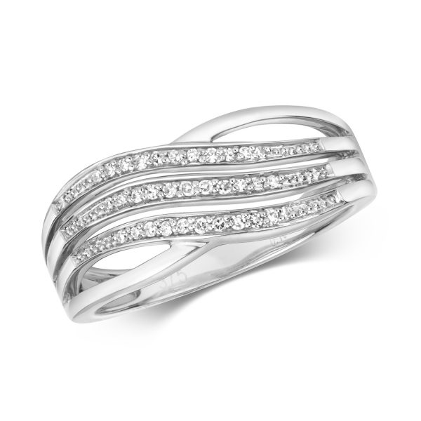 9 carat white gold diamond dress ring