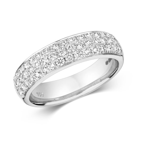 18 carat white gold diamond dress ring